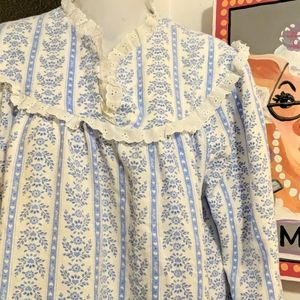 Lanz of Salzburg cozy flannel long Nightgown